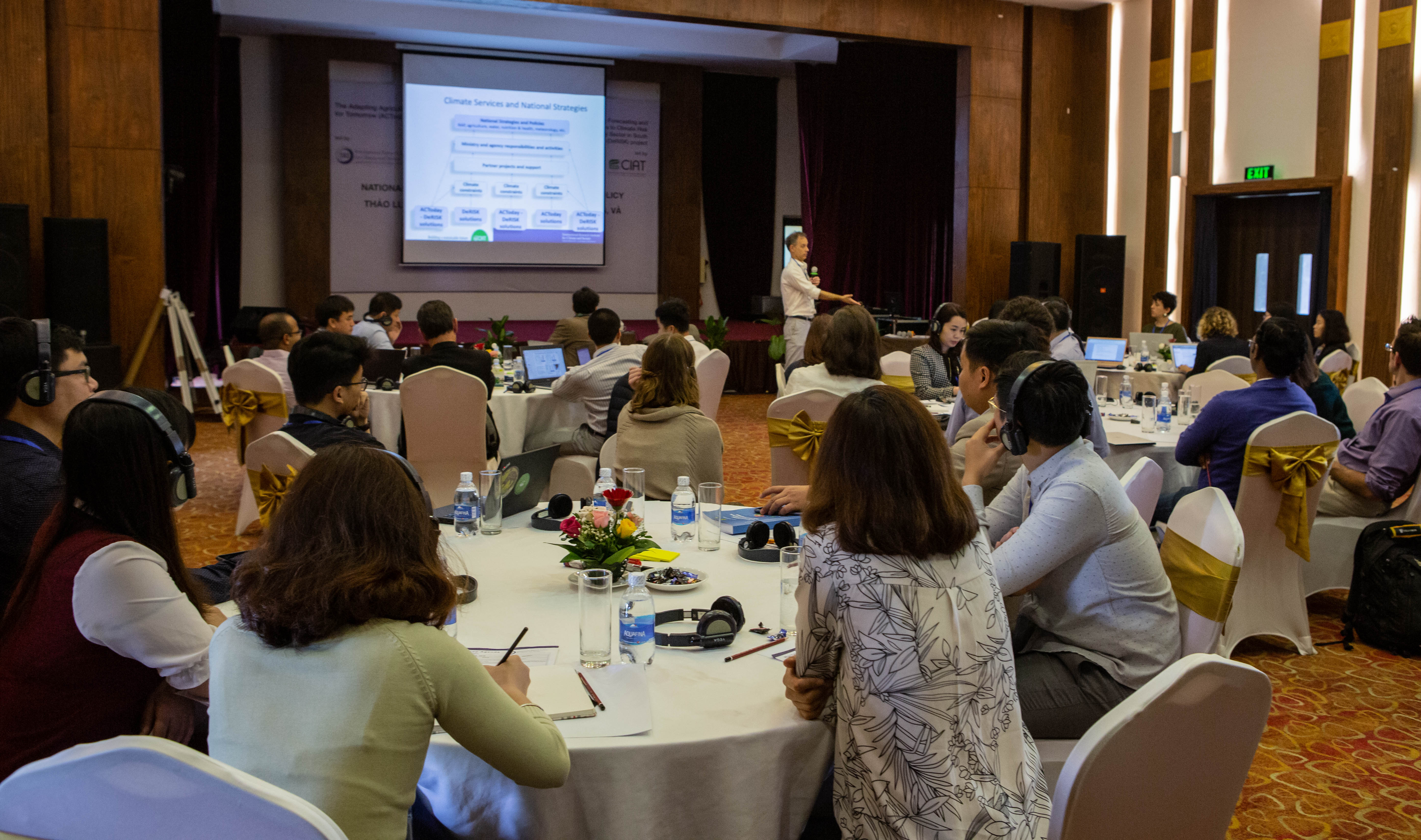 ACToday country lead in Vietnam, John Furlow, presents at the policy workshop. Photo by Jacquelyn Turner/IRI.